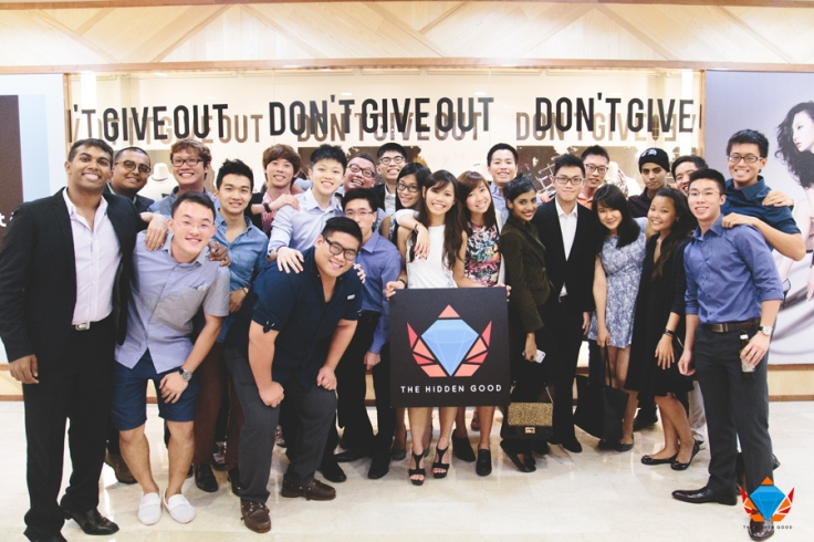 Rovik Jeremiah Robert (extreme left), Leon Heng (far right, first row) and their team of volunteers that collectively form The Hidden Good.