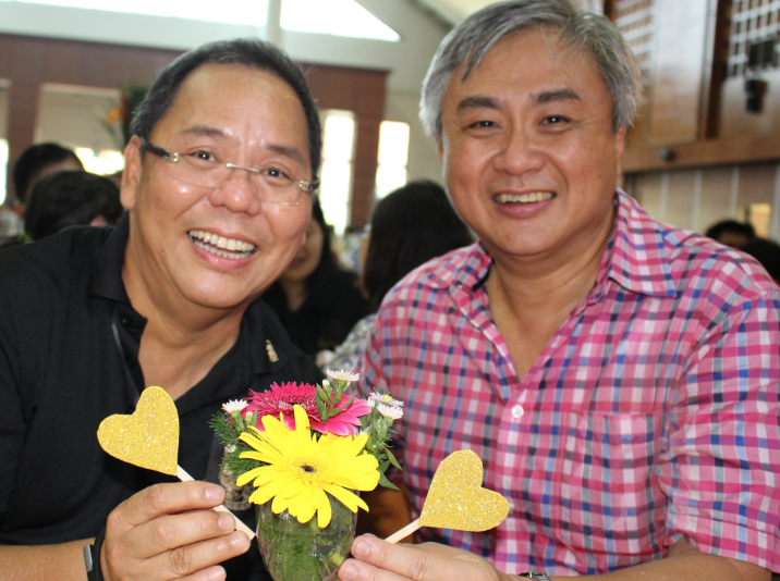 Mr Kwek (right) with our Principal, Mr Chan
